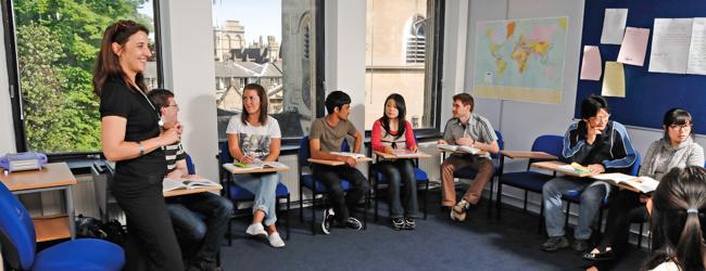 Nella nostra scuola di Oxford imparerete linglese in un ambiente ...