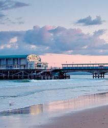 LISA-Sprachreisen-Englisch-England-Bournemouth-Meer-Strand-Pier-guenstige-Englischsprachkurse