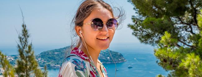 LISA-Language Travel-Student-Francese-Francia-Nizza-Campus-Escursione-Mare-Blue-Island