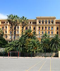 LISA-Sprachreisen-Schueler-Nizza-Campus-Sprachschule